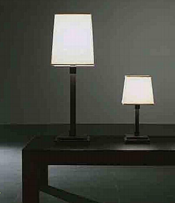Lampada da tavolo MERIDIANI (CROSTI) GARLAN Fotografico_meridiani_2012